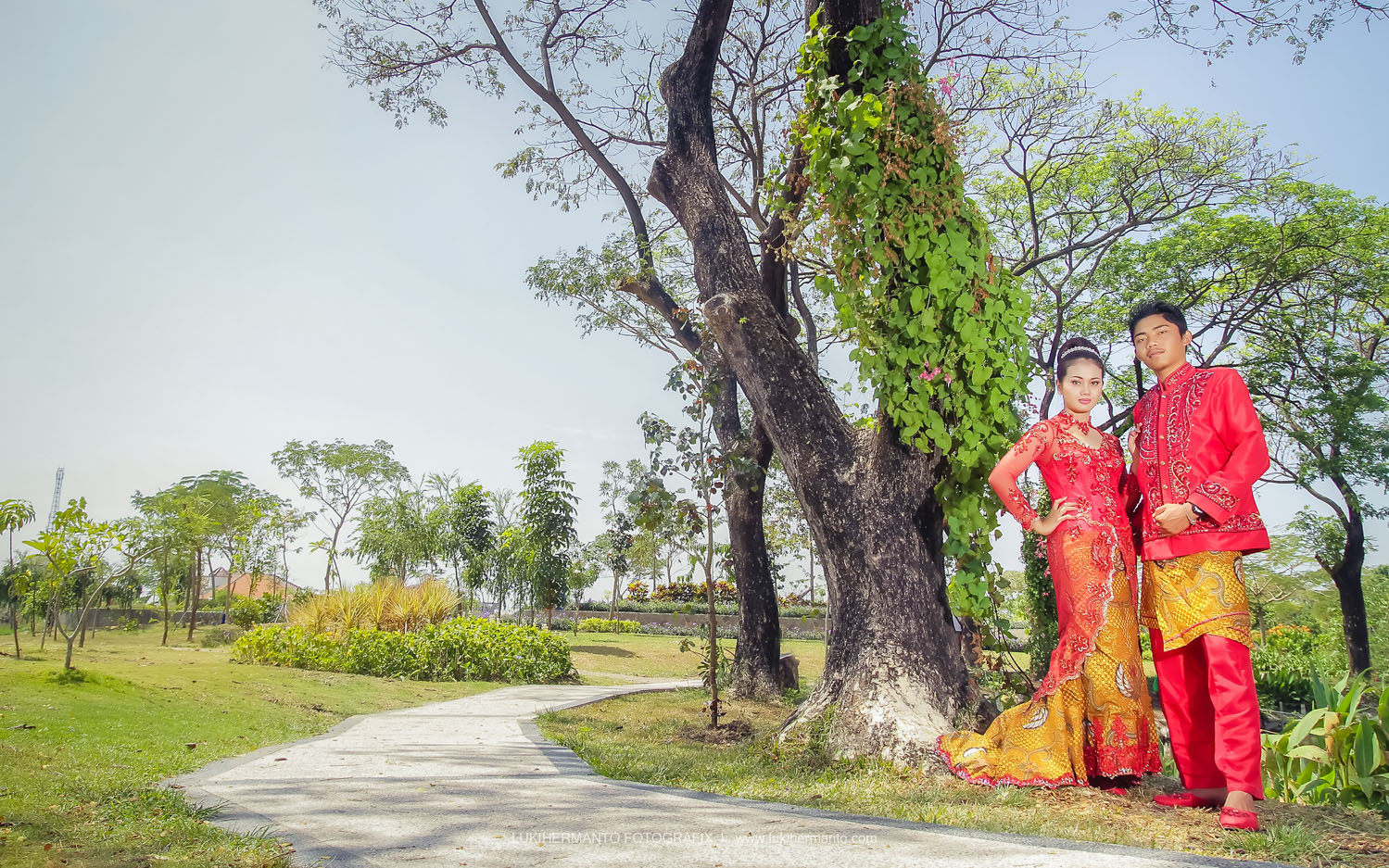 foto prewedding kebun bibit