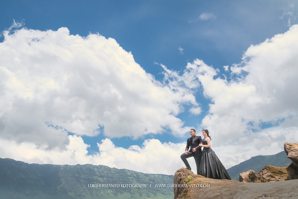 Foto prewedding bromo formal